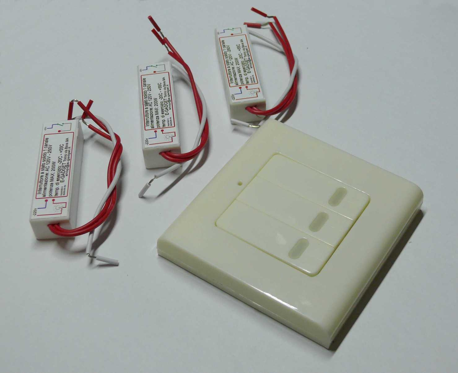 dettagli su tre mini interruttore a uno canale telecomando wireless 3